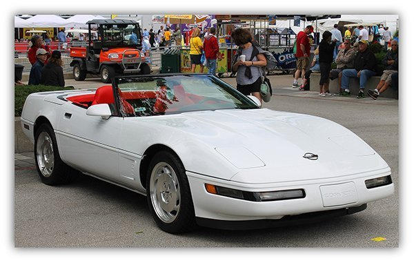 Ed joined the Sunshine Corvette Club in Miami and show his 1995 at the annual Corvette show and won 3rd place!
